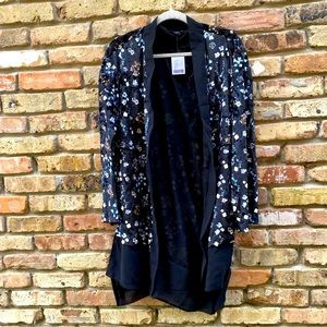 Out From Under Urban Outfitters Floral Kimono XS/S